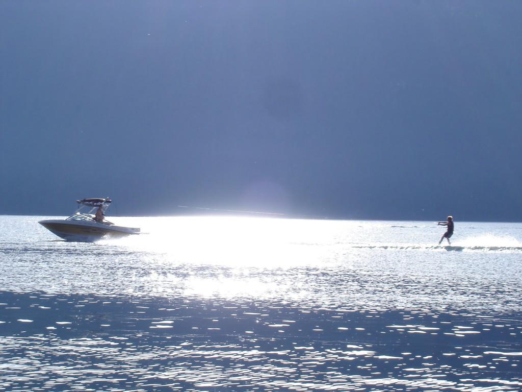 Boating on Mabel Lake